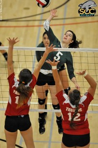 Bellevue Defeats SCC Volleyball In SCC Gym