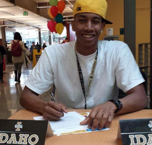 Shoreline's Nahshon George Signs with Idaho